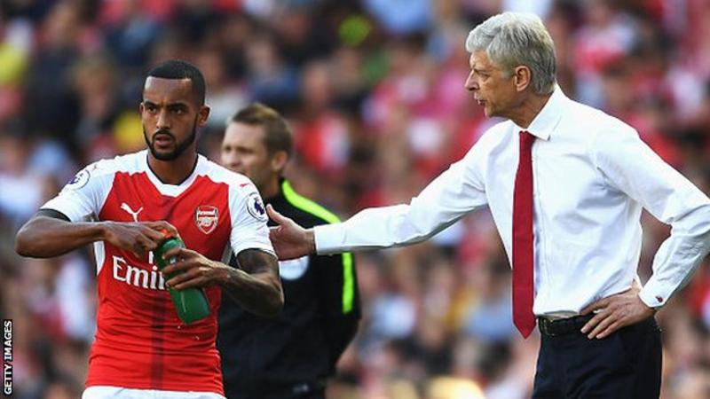 Sam Allardyce: 'Theo Walcott can play wherever he likes'