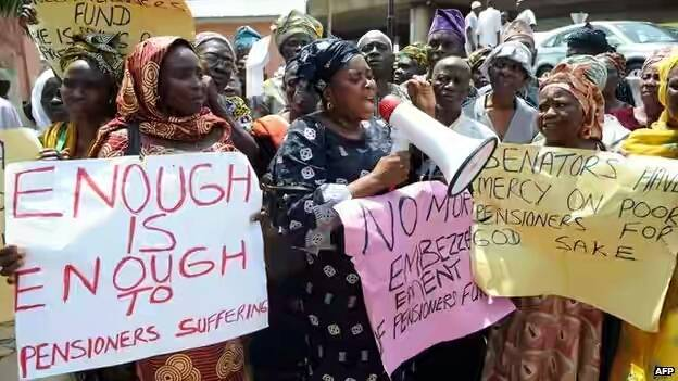 FG retirees stage protest over N200bn arrears
