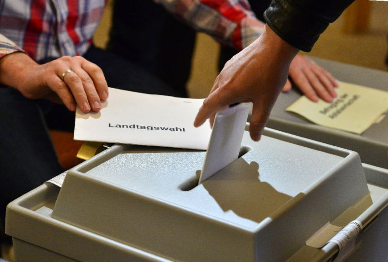 ImageFile: Voting underway in closely fought Netherlands election