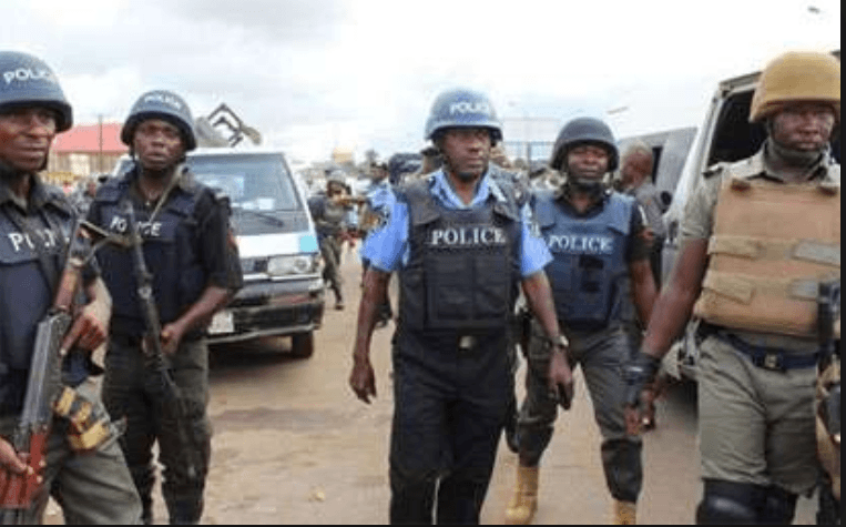Police arrest, detain Akwa Ibom assembly clerk, cashier